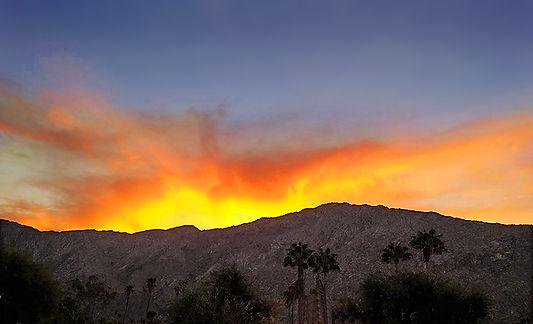 Living Room Palm Springs sunset aa.jpg