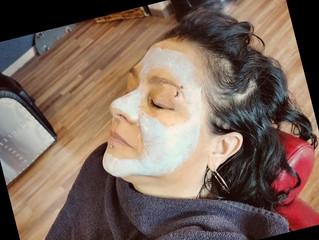 Per una buona dose di relax prova le maschere Hair Queen!