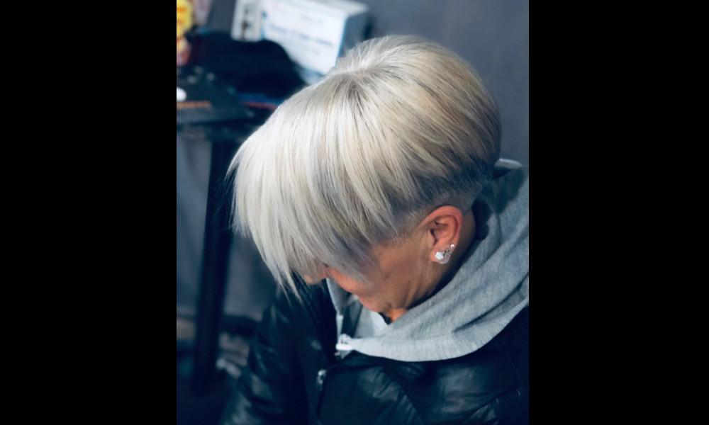 Mauve Champagne hair color 2020