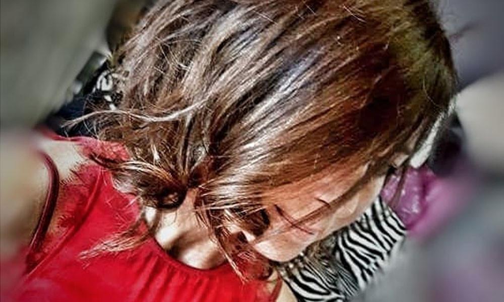 Taglio medio di capelli