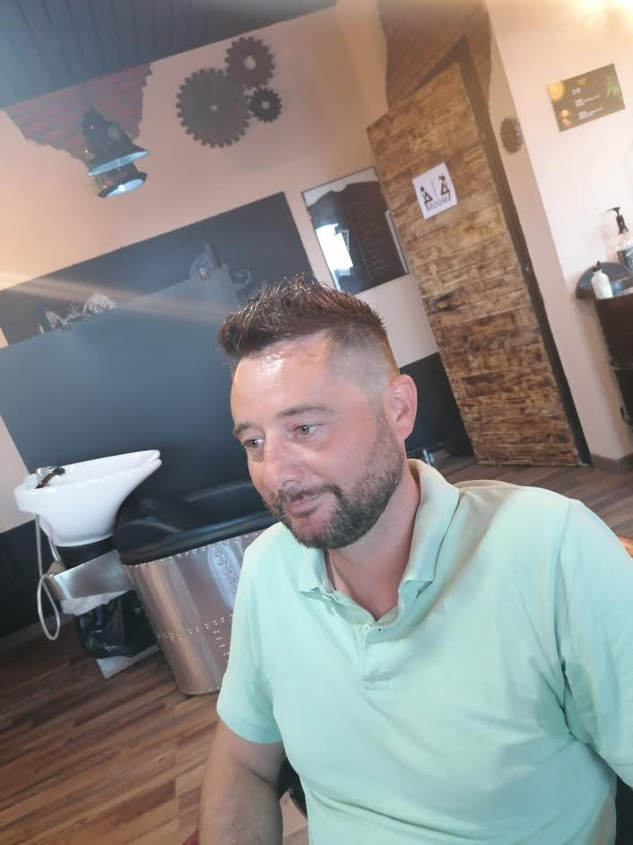 Far crescere la barba
