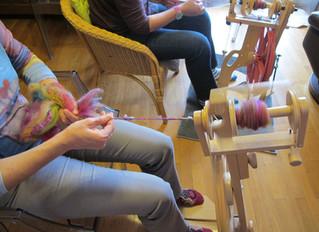 Filer la laine, une idée de cadeau