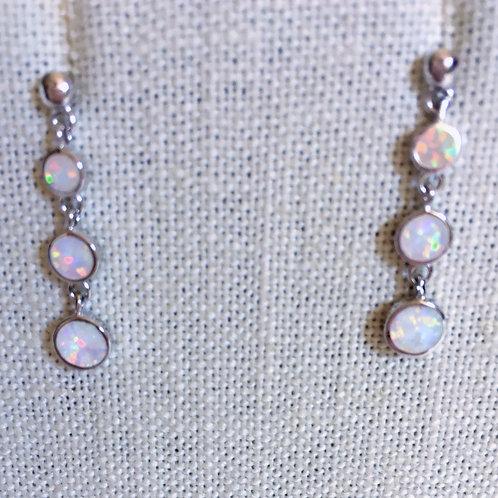 Circles white lab opal