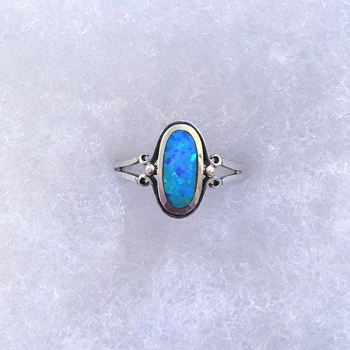 Blue lab opal