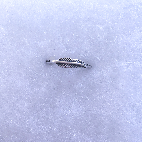 Feather plain ring