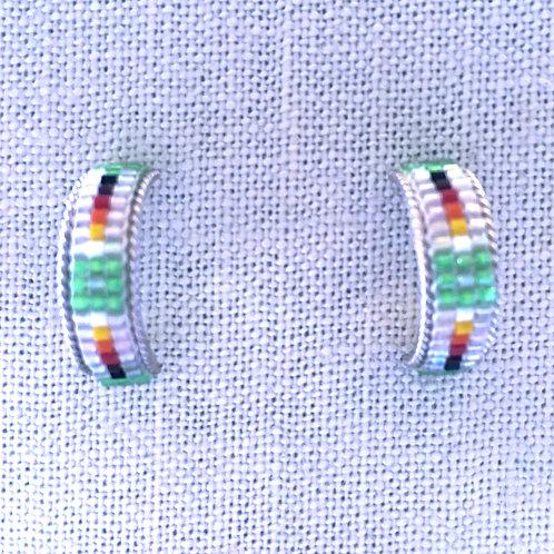 Hoop green/white seed bead