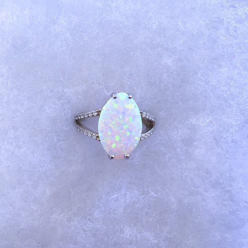 Oval lab opal