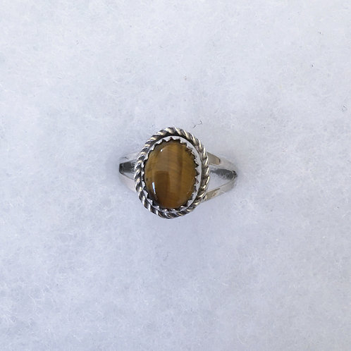 Oval tiger eye