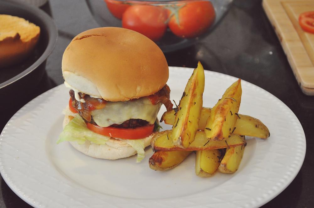 #CozinheComigo: Hambúrguer - Duda Nascimento