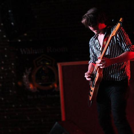 Bobby Borenstein - Guitar