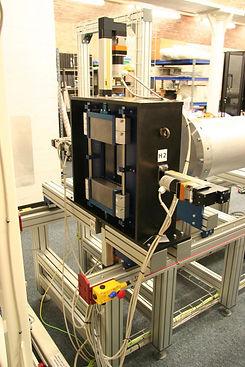 Boron carbide plate beam control system