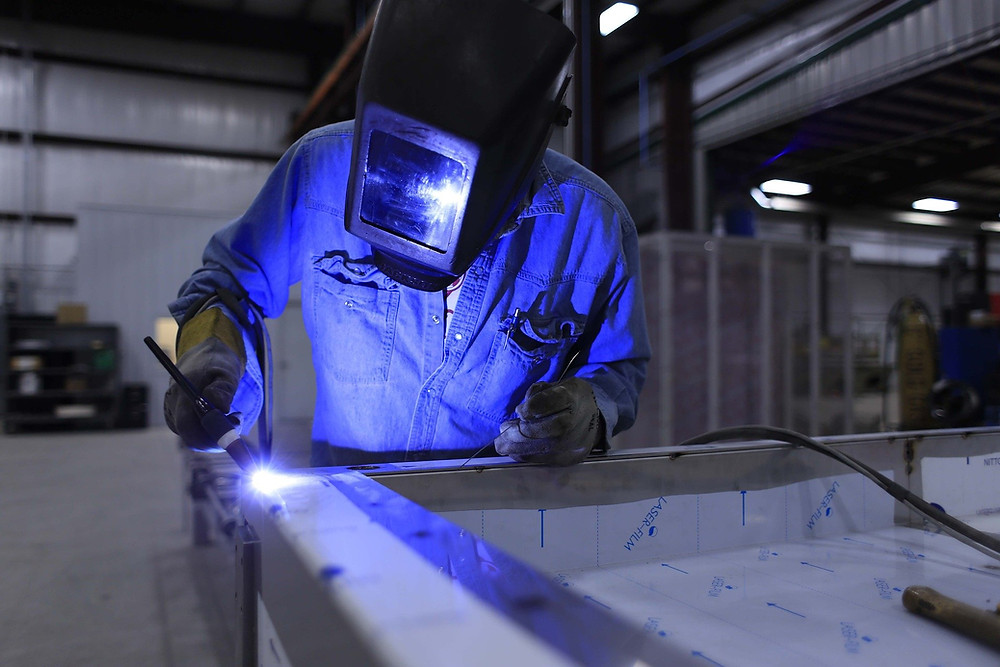 The difference between metal fabrication and welding