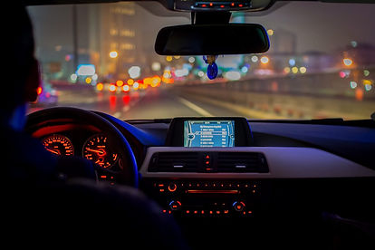 Tips-How-To-Drive-Safely-At-Night-2-1024