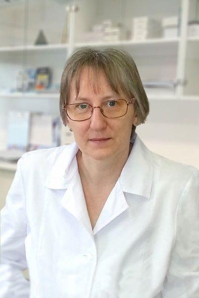 Dr. Farkas Éva