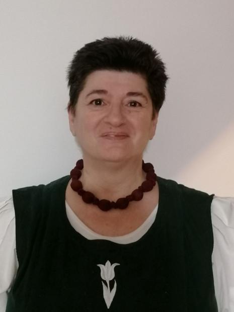 Dr. Páll Gabriella