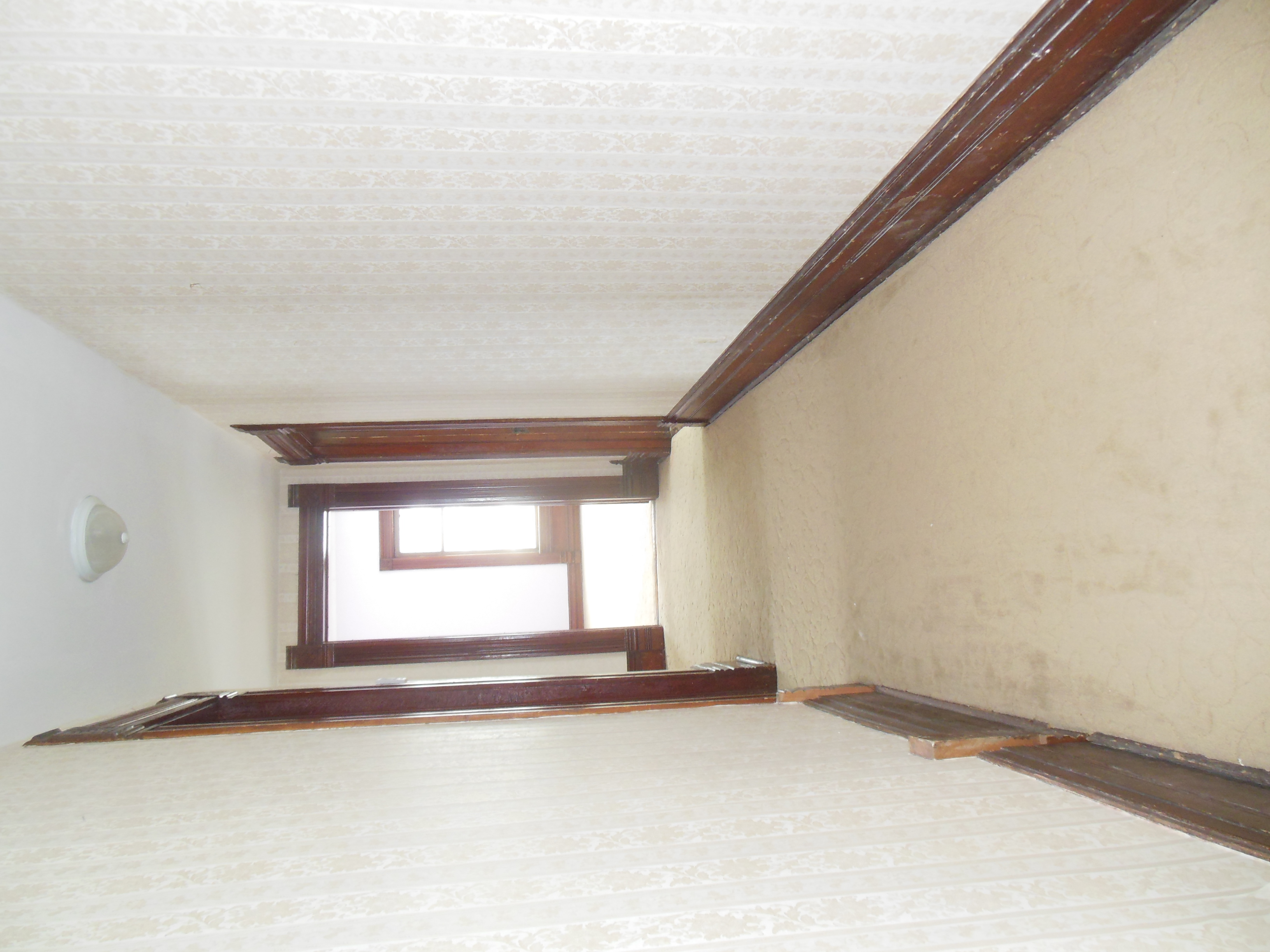 509 Normal, Upstairs hall