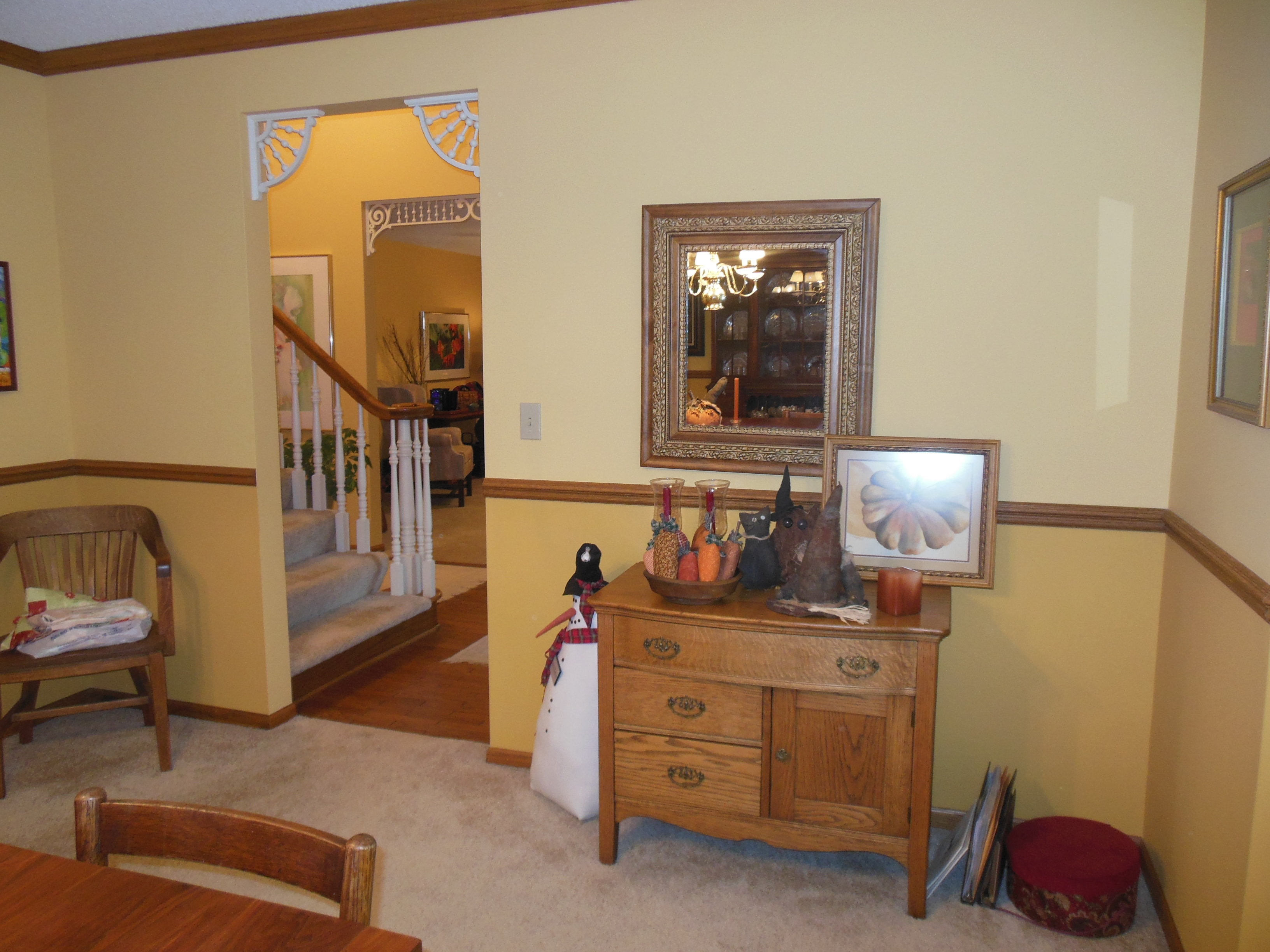 901 White St, dining room view 3