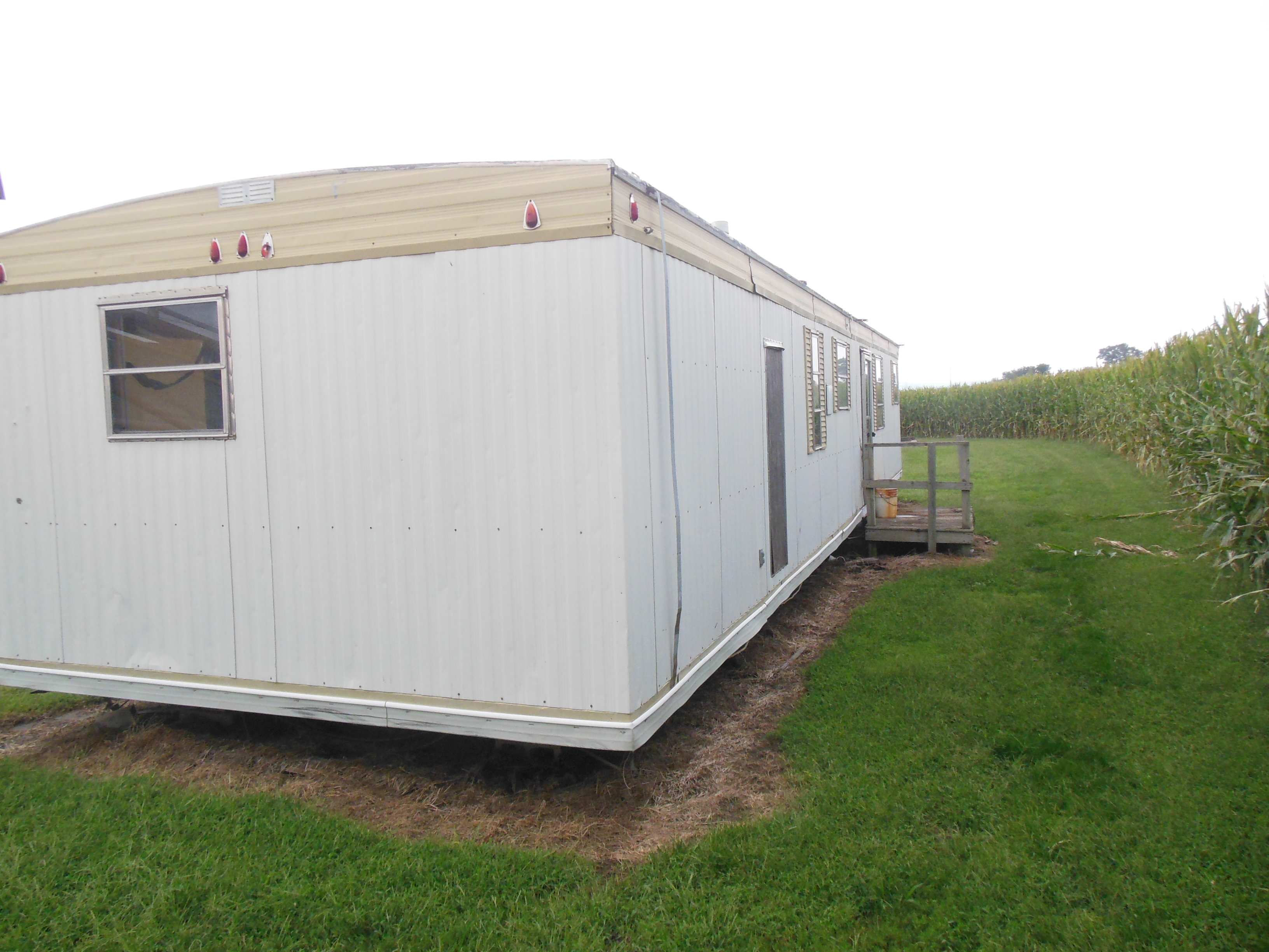 Salvage trailer home