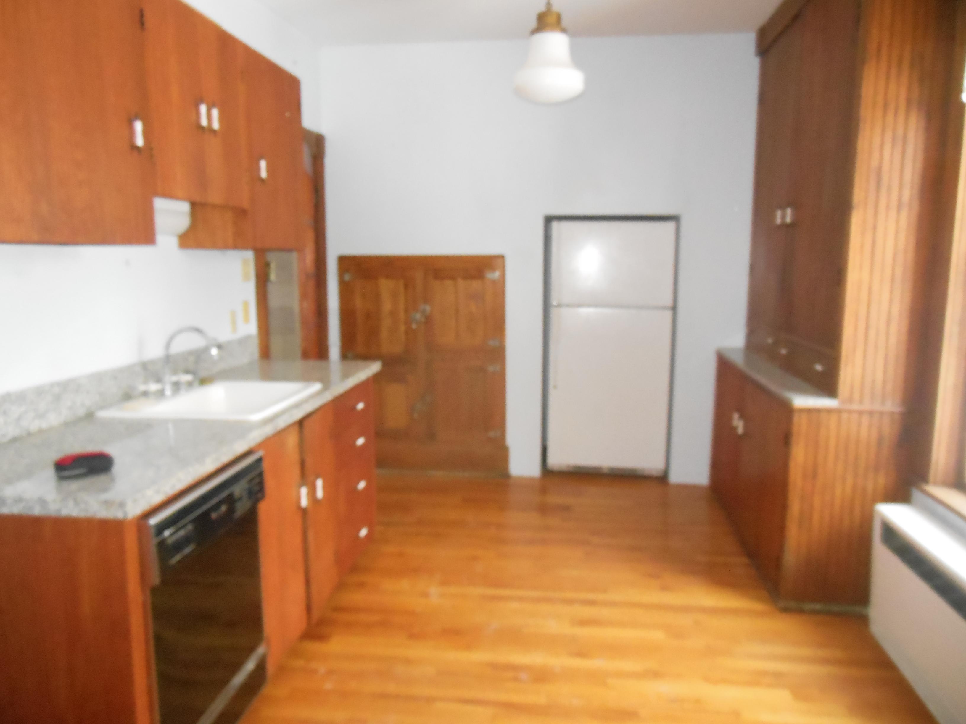 509 Normal, Kitchen (2)