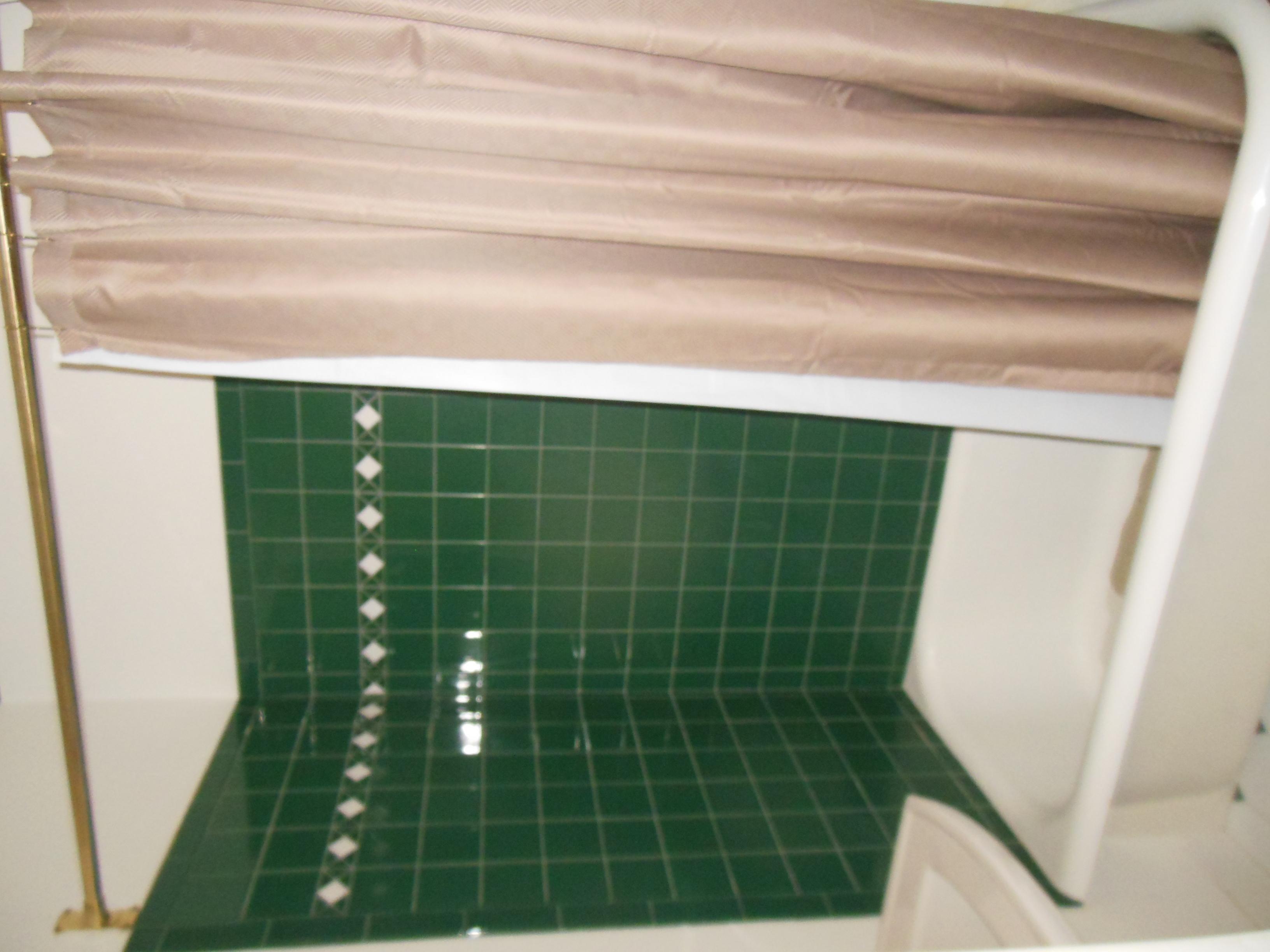 509 Normal, Upstairs bath