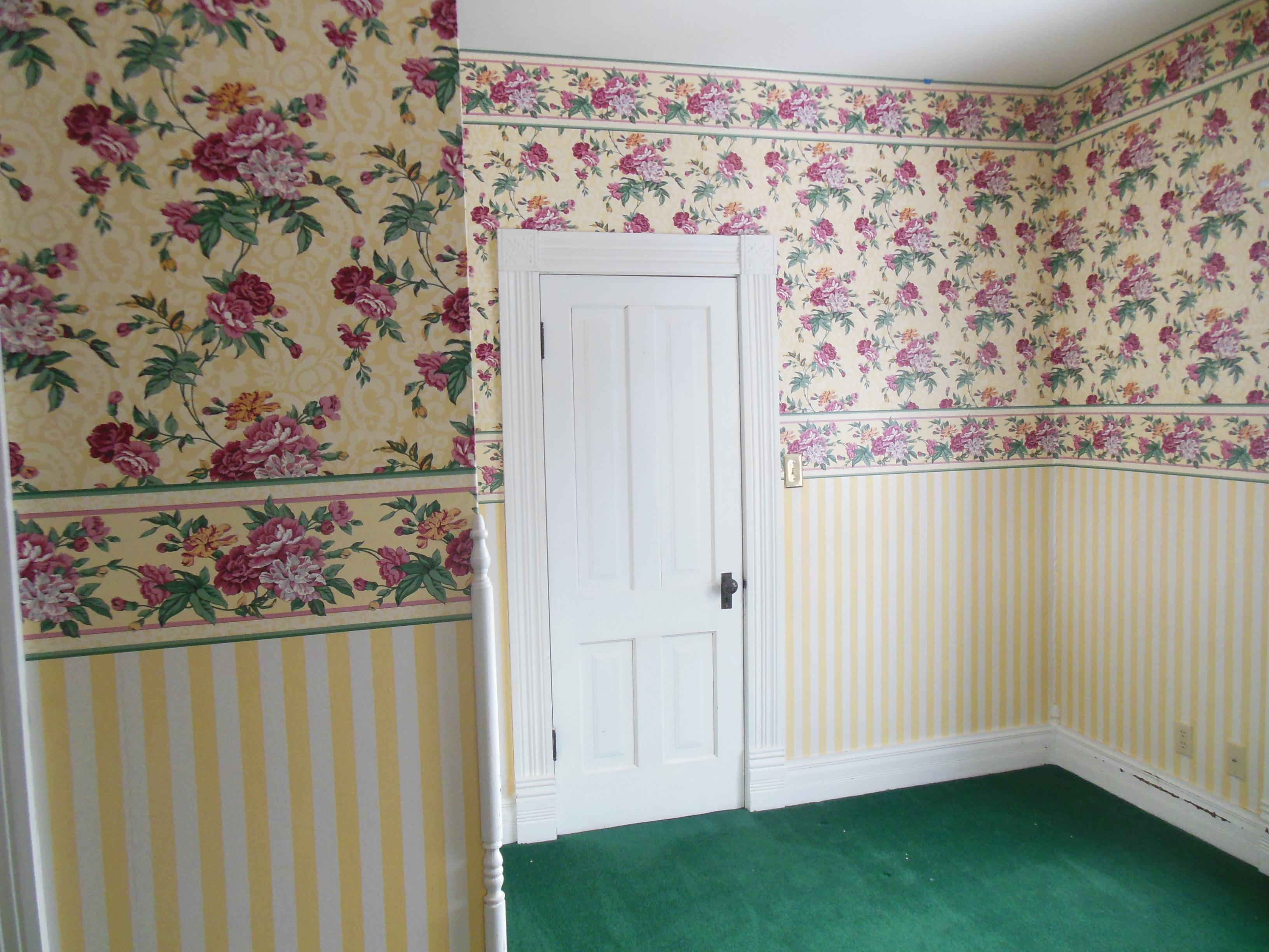 509 Normal, upstairs Bedroom