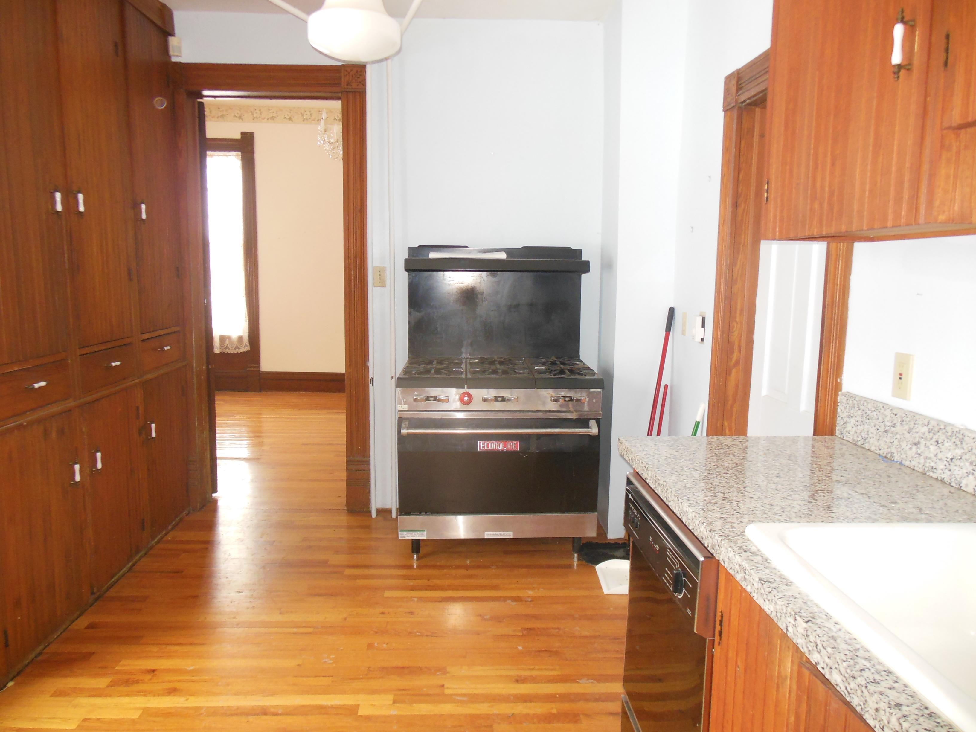 509 Normal, Kitchen