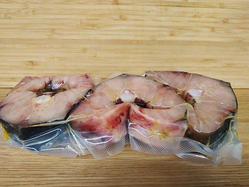 Осетр стейк, с/м, в/у, вес упаковки ~700 гр.