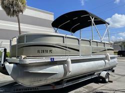 2011 South Bay Pontoon 520CR 1