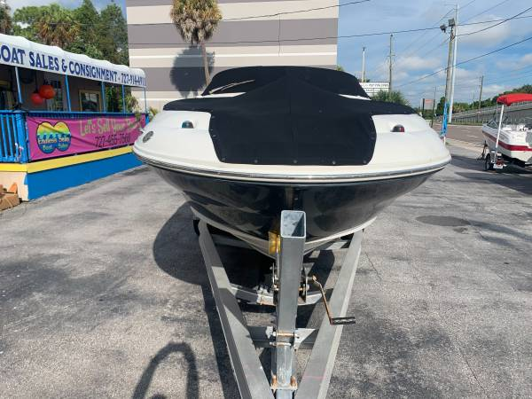 2006 SEA RAY 240 SUNDECK 20