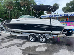 2006 SEA RAY 240 SUNDECK 2