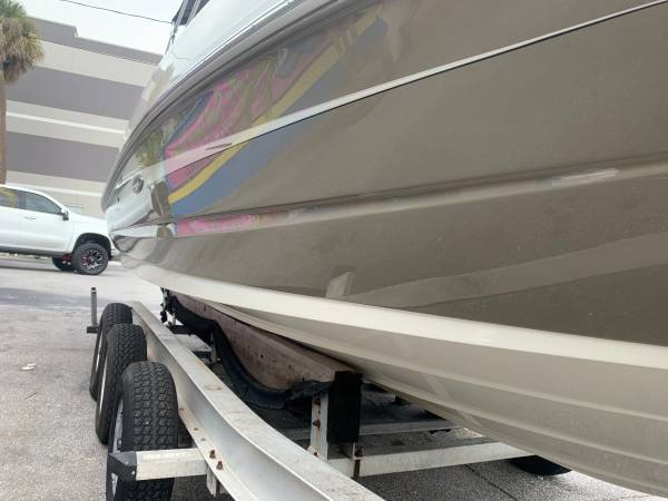 2009 SEA RAY 230 SUNDECK 2