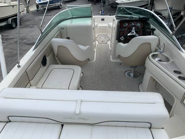 2009 SEA RAY 230 SUNDECK 16