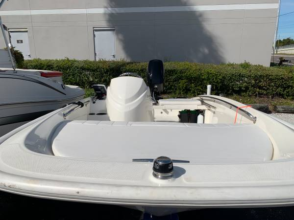 2017 BOSTON WHALER 130 SUPER-SPORT 3