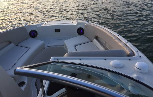 2009 SEA RAY 230 SUNDECK22