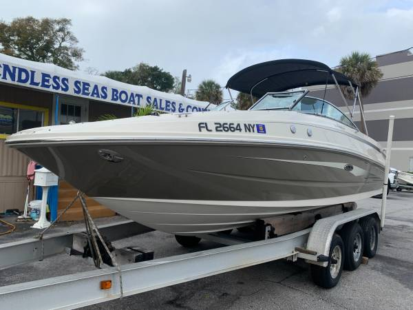 2009 SEA RAY 230 SUNDECK 1