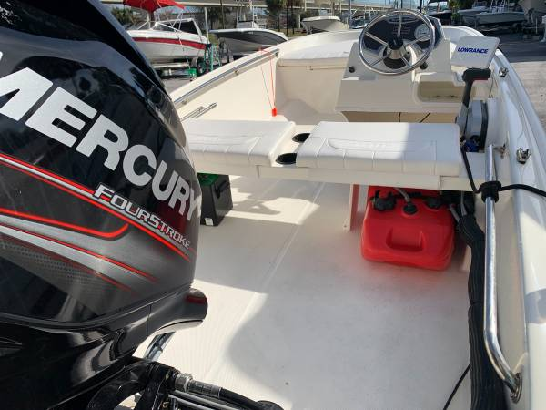 2017 BOSTON WHALER 130 SUPER-SPORT 10