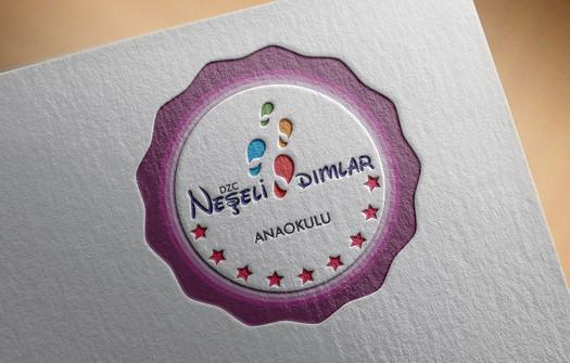 Neşeli Adımlar Anaokulu Logo Tasarımı