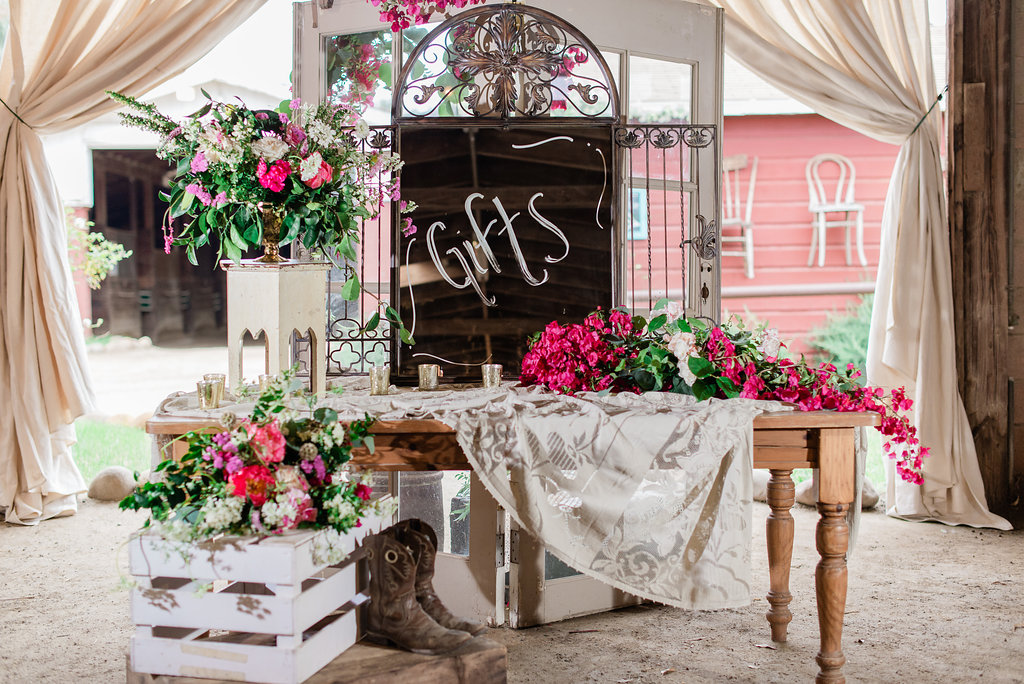 farm-country-rustic-wedding-venue-11