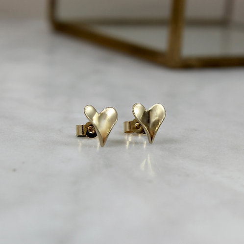 GOLD LEAF HEART STUDS