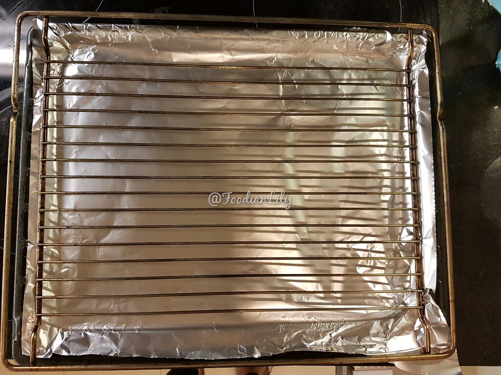 Lined baking tray and oven rack