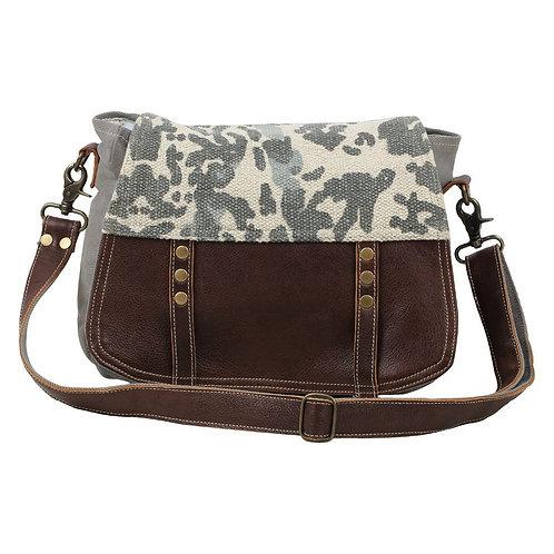 **Myra Bags Camouflage Messenger Bag S-1582
