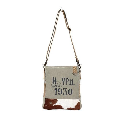 **Myra Bags Era Shoulder Bag S-1366