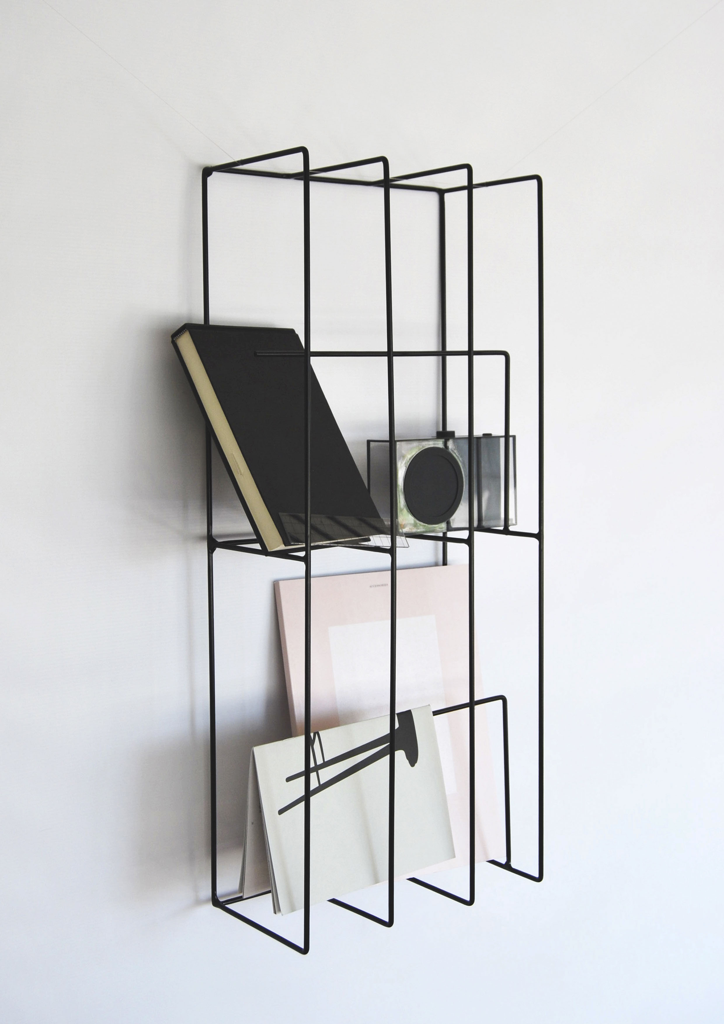 Chely wall storage