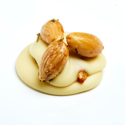 Cluster White with nuts 2