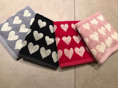 Handdoek hart in badstof diverse kleuren