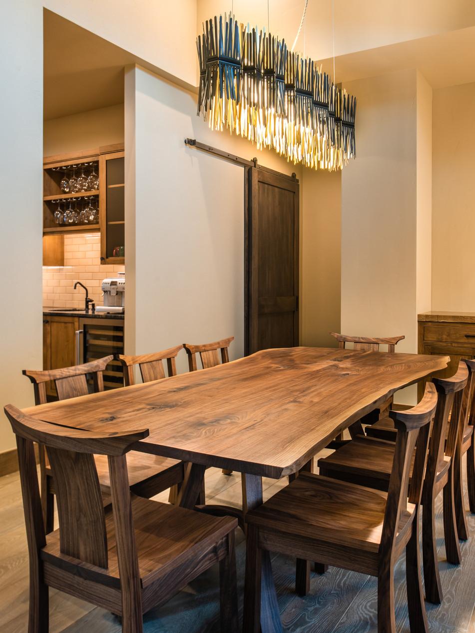 LED DINNING ROOM FIXTURE - BEND