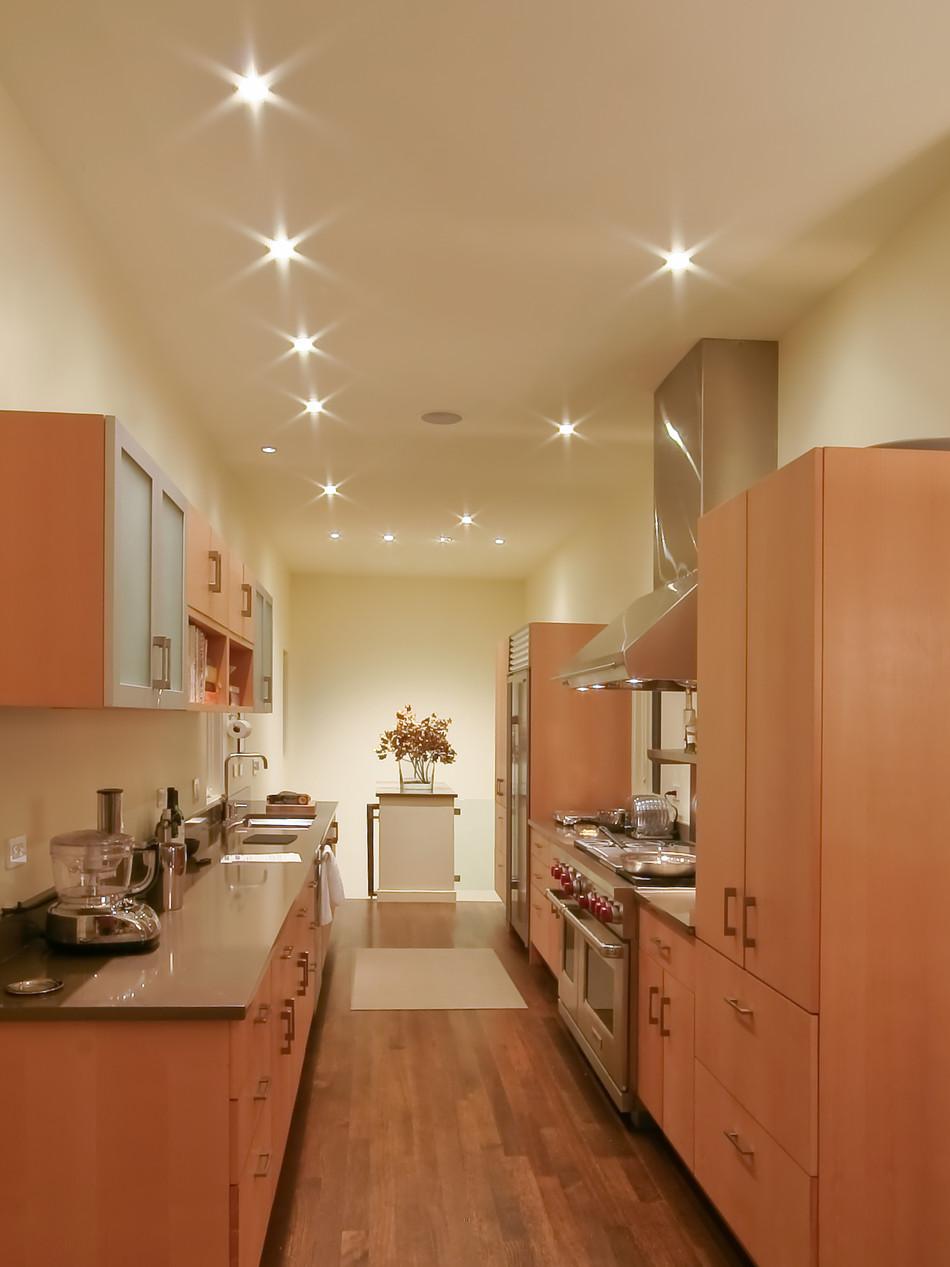 KITCHEN LIGHTING - BEVERLY SHORES