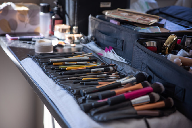 makeuppromo4.jpg