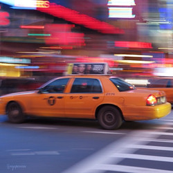 A yellow cab in Times Square !
