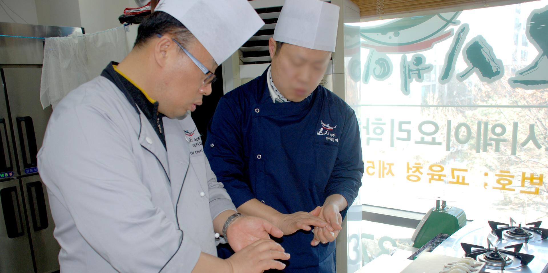 초밥 쥐는 법 피드백